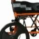 Fauteuil roulant léger | Repose-pieds et dossier | Accoudoirs rembourrés | Aluminium | Orange | Pirámide | Mobiclinic - Foto 4