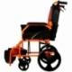 Fauteuil roulant léger | Repose-pieds et dossier | Accoudoirs rembourrés | Aluminium | Orange | Pirámide | Mobiclinic - Foto 5